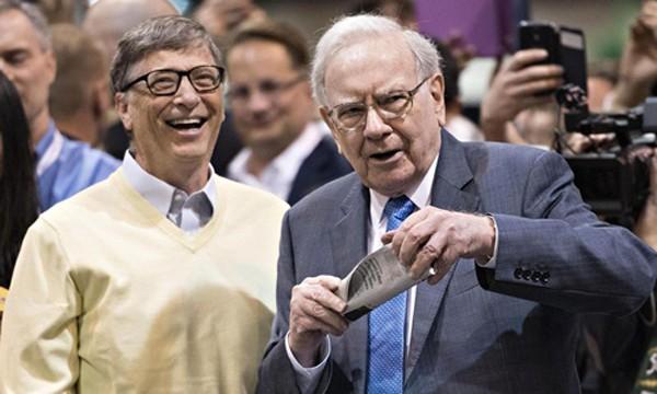 Bill Gates - Warren Buffett: Hãy chơi với người giỏi hơn bạn - ảnh 1