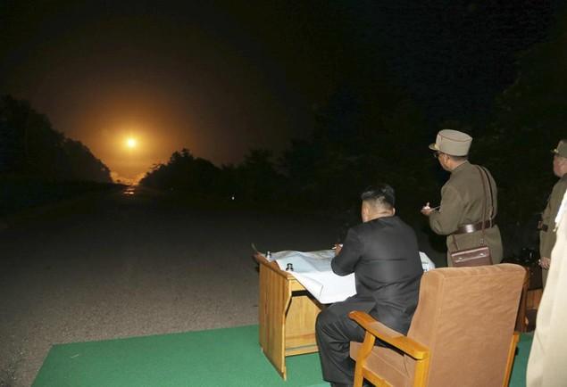 Tham vọng hạt nhân của Triều Tiên làm dậy sóng thế giới - ảnh 12