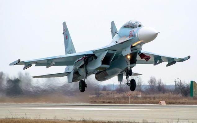 Tiêm kích Su-30 Nga tập luyện tiếp dầu trên không - ảnh 6