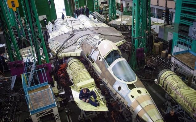 Bên trong trung tâm thử nghiệm tiêm kích tàng hình T-50 Nga - ảnh 1