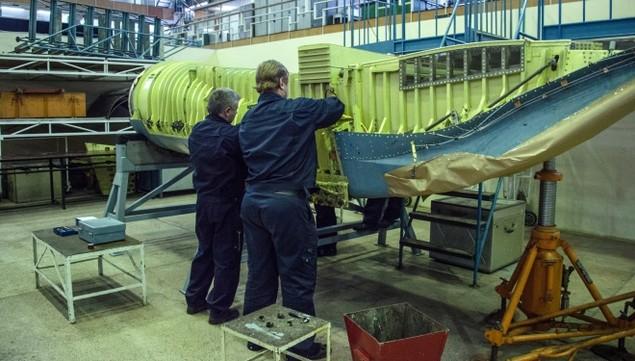Bên trong trung tâm thử nghiệm tiêm kích tàng hình T-50 Nga - ảnh 3