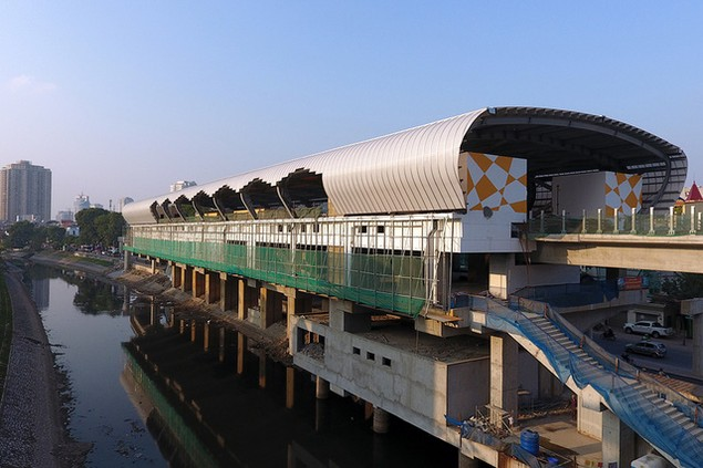 Trải nhiệm Hà Nội từ trên cao qua đường sắt đô thị Cát Linh - Hà Đông - ảnh 6