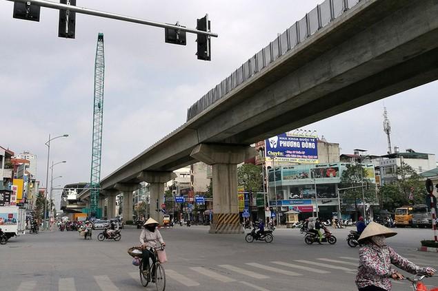 Trải nhiệm Hà Nội từ trên cao qua đường sắt đô thị Cát Linh - Hà Đông - ảnh 14