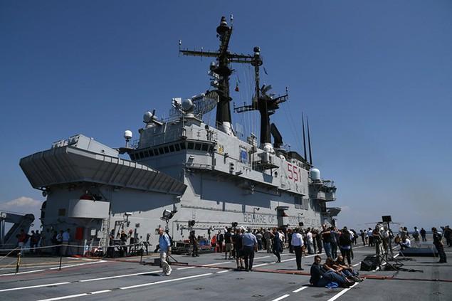 Những tàu sân bay mạnh nhất của hải quân các nước - ảnh 3