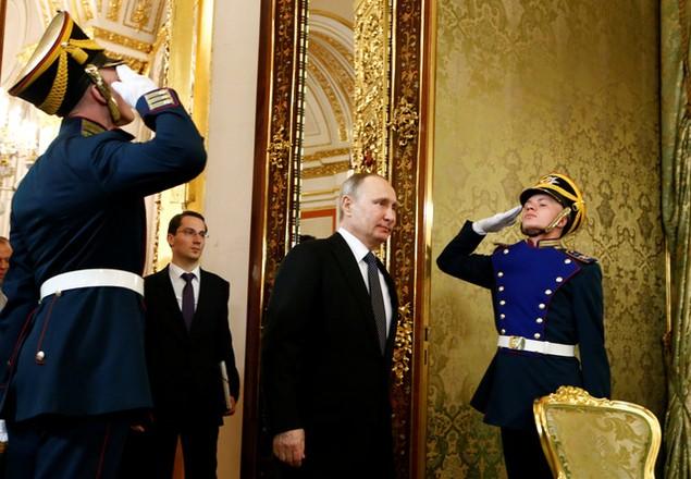 Lãnh đạo Nga - Nhật tìm kiếm cơ hội hợp tác tại đảo tranh chấp - ảnh 1