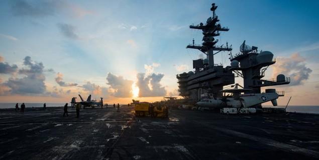 Cận cảnh tàu sân bay Mỹ trên đường tới bán đảo Triều Tiên - ảnh 9