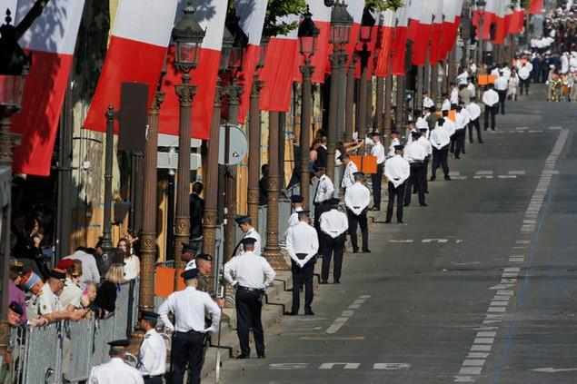An ninh được thắt chặt cho lễ duyệt binh (Ảnh: Reuters)
