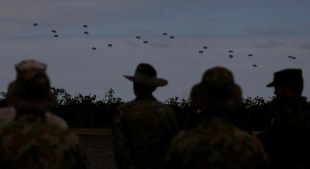 Mỹ - Australia rầm rộ tập trận quân sự chung lớn nhất - ảnh 2