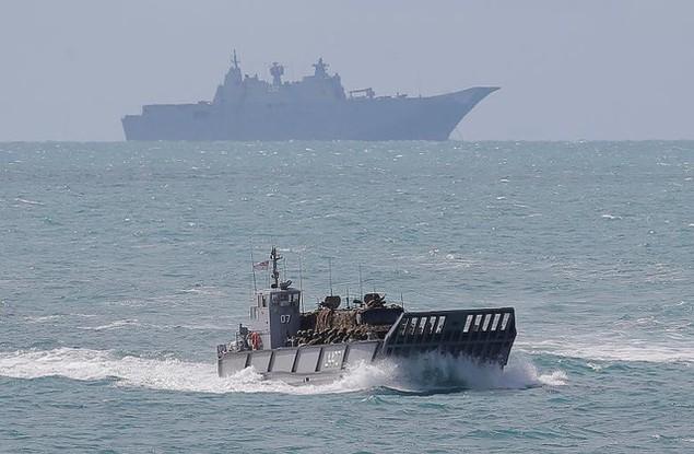 Mỹ - Australia rầm rộ tập trận quân sự chung lớn nhất - ảnh 13