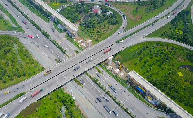 Những cây cầu uốn lượn giải tỏa ùn tắc ở TP HCM - ảnh 2